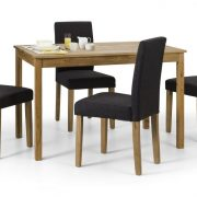 coxmoor-dining-table-4-hastings-chairs